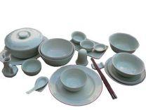 Set of ceramic items