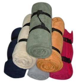 fleece blanket with strap packaging 1