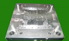 Accuracy mold fittings.Creation.( New product notebook computer)