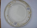 ceramic and porcelain dinnerware