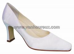 Van heureux bridal shoe