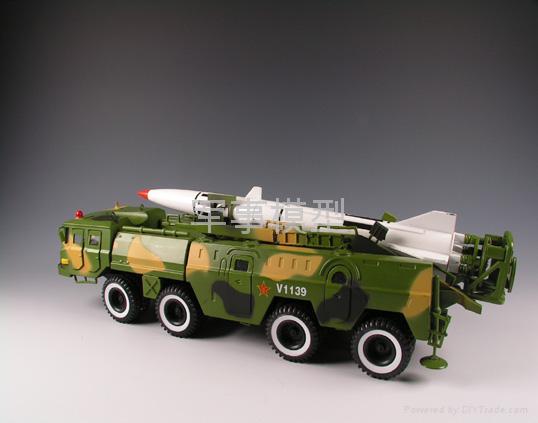 東風11導彈車模型 3