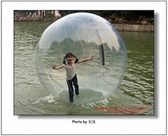 水上步行球-让你刺激一回!!