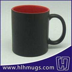 11oz Color Changing Mugs - inner maroon / matte