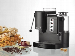 Espresso coffee machine with grinder