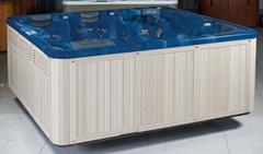massage bathtube