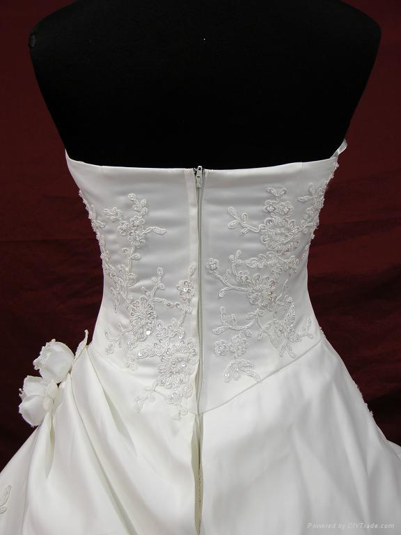 bridal gown 3