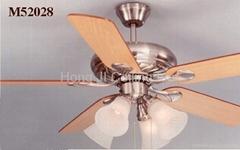 ceiling fan M52028