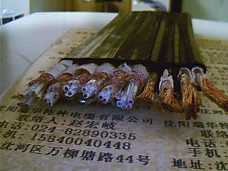 钢丝加强型扁电缆 3