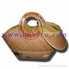 Seagrass and rattan handbags