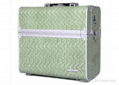 Aluminum beauty case