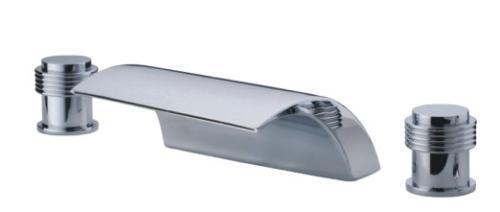 Three hole deck mounted bath shower set 2