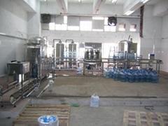 全自动洗瓶灌装生产线