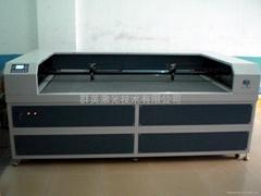供应群英专用型亚克力激光切割机