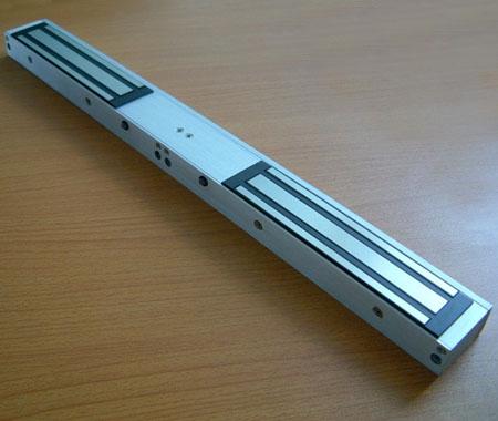 1200磅外露式电磁门锁 1