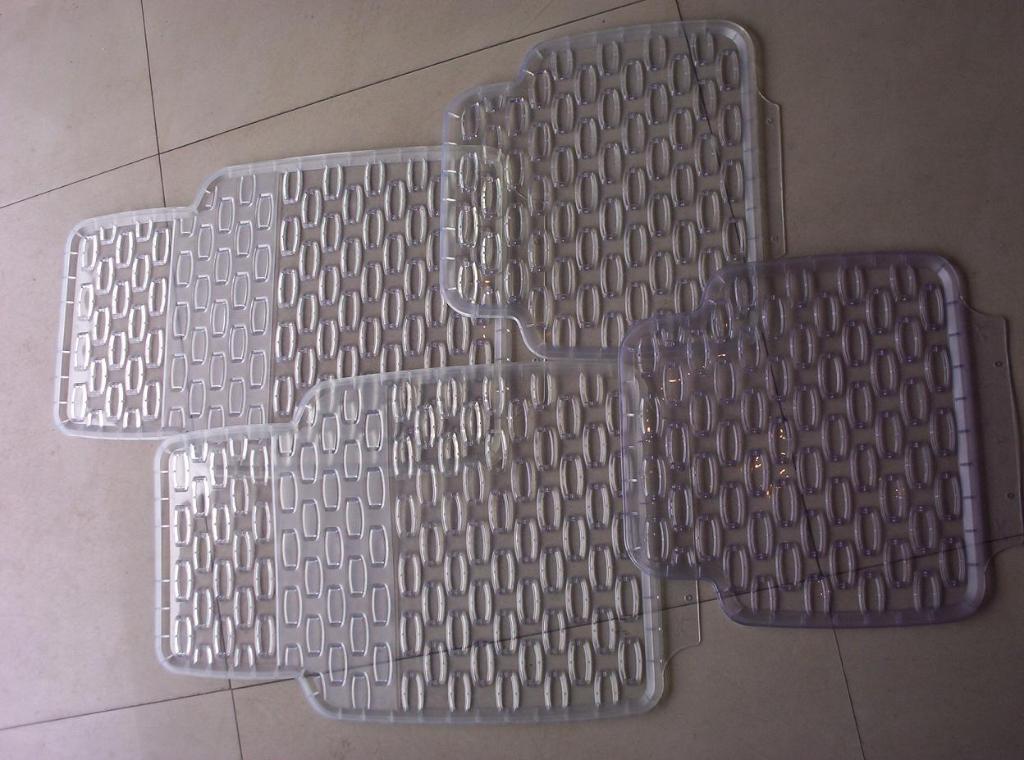 PVC car floor mats 2