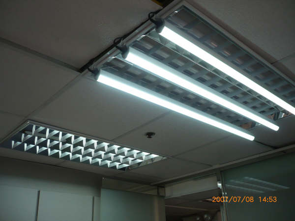 t10 120 cm led tube yetda j k hong kong manufacturer led lighting lighting products. Black Bedroom Furniture Sets. Home Design Ideas