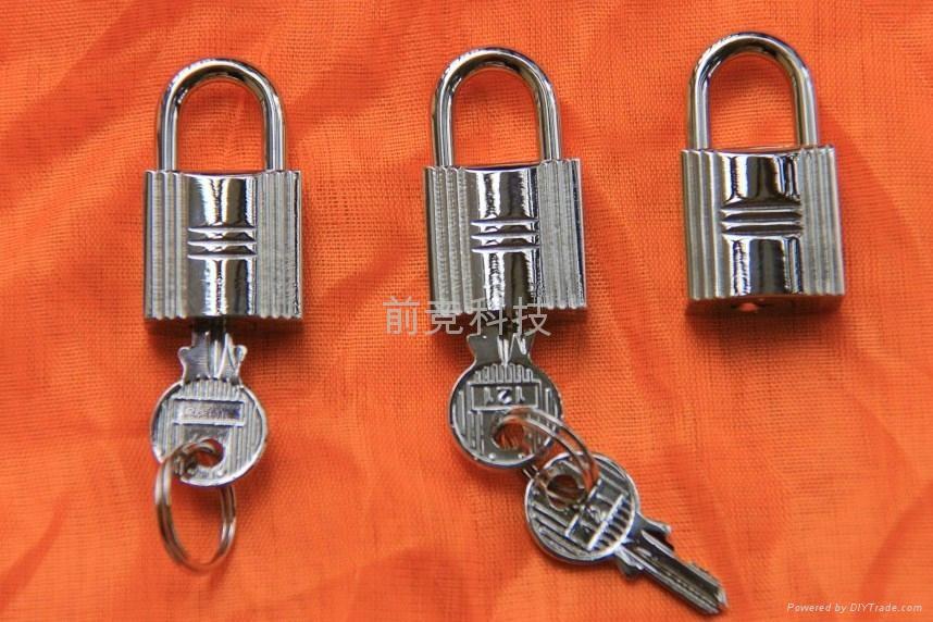 全銅箱包手袋小挂鎖 1
