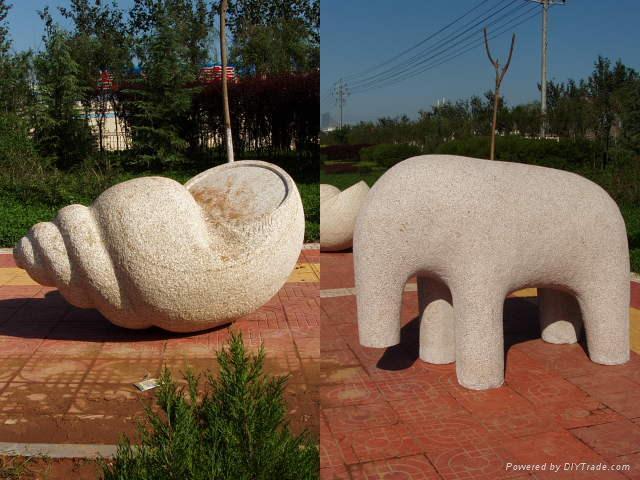 产品目录    石雕大象是智慧,力量,团结的象征,它们属群居动物,社会