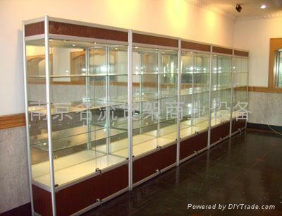 南京钛合金玻璃精品柜 1
