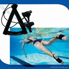 游泳训练器