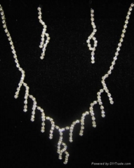 rhinestone neckalce set