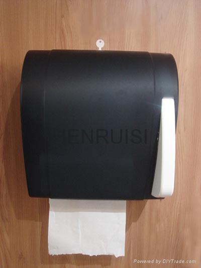 Manual Paper Towel Dispenser 1