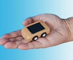 Mini Solar Wooden Car