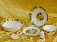 30 Pcs of Chinese Dragon Glaze Tableware