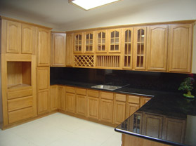 Light Oak Cabinets With Granite