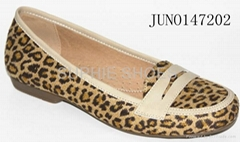 fashional women's moccasins casual and elegent Leopard