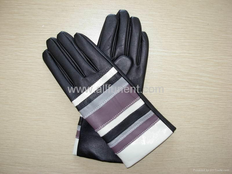 Fashion leather gloves. Leather gloves factory. Deerskin, lambskin