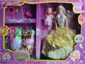 barbie doll w/kelly doll w/7 dress
