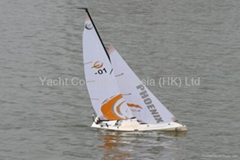 RC Sailboat Phoenix 870