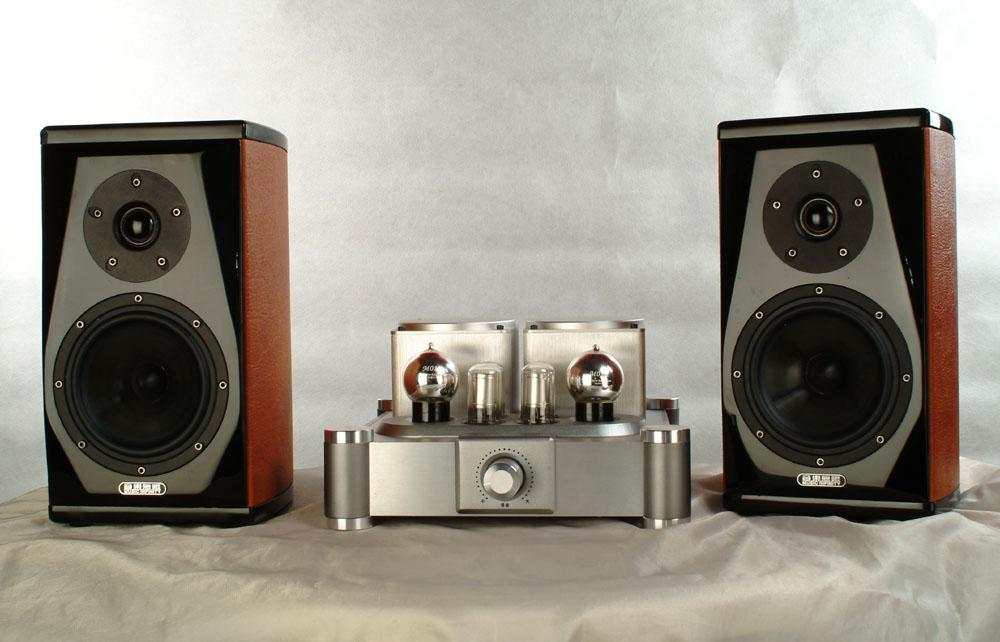 VACUUM TUBE AMPLIFIER M2OA 1