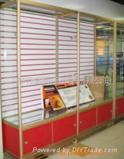 槽板展示櫃 1