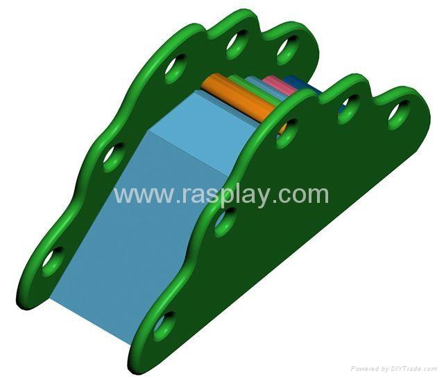 Kiddie slide 1
