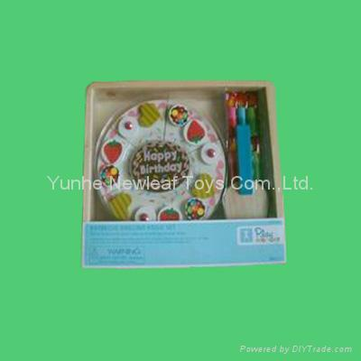 wooden cakes 1