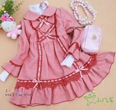 經典粉色蕾絲邊小洋裙