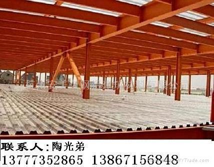 4,可作为结构强度一部分,减低材料成本;5,易于配筋,配线,配管之施工;6