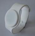 adjustable UHF Silicone Wristband tag