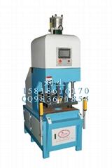 IML熱壓成型機