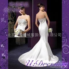 卿城婚紗禮服定製~極具造型感嫁衣~拍照婚紗婀娜新娘