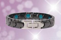Meridian Qi field tungsten ceramics magnetic bracelet