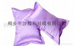 丝绸手绘靠垫
