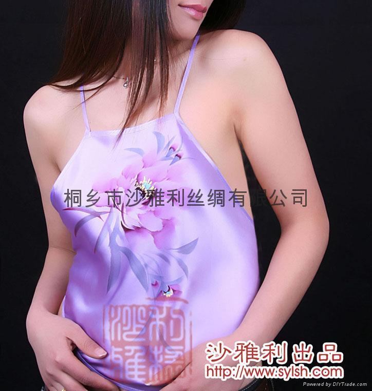紫色蕾丝花边套装文胸美女