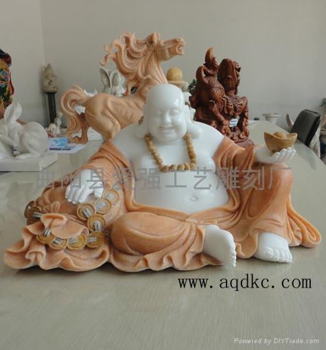 包括立体人像,动物雕像,壁炉,雕刻柱头等.   2, 平面石雕.