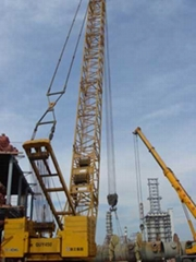 徐工450吨履带吊