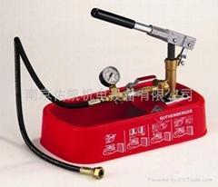 用於快速壓縮試驗的測試泵