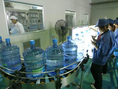 水灌裝機 3